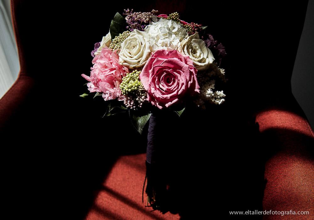 ramo-de-novia-boda-en-fuentearcos-david-y-amaranta-el-taller-de-fotografia-madrid-1005