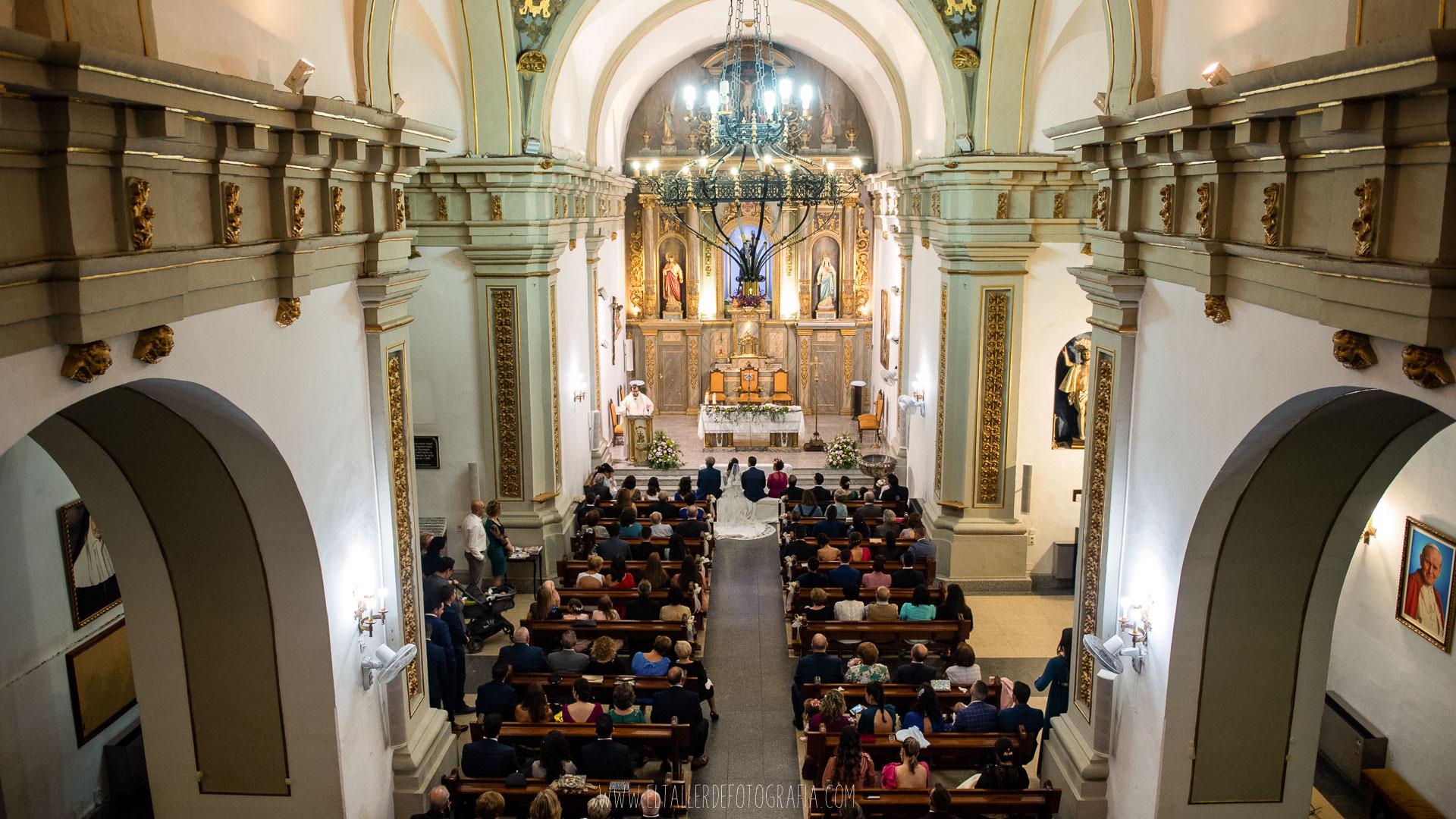 Boda en la parroquia de la virgen de la Estrella en Almadén